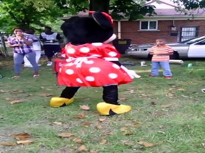 Minnie Mouse Twerking
