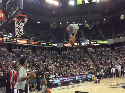 Sacramento Kings Dunk Stars Show Off Their Talents