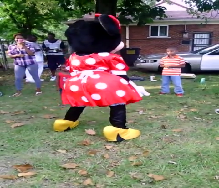 Minnie Mouse Twerking